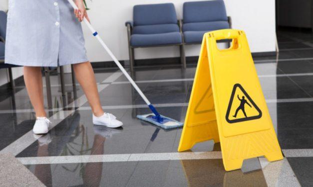 UGT-Extremadura demandará a las empresas de limpieza de edificios y locales que soliciten a los trabajadores el reintegro del plus transportes